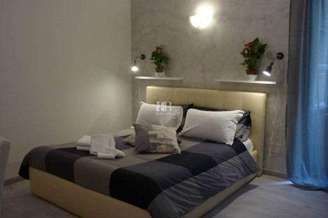 Bed & Breakfast via Calabria, Roma